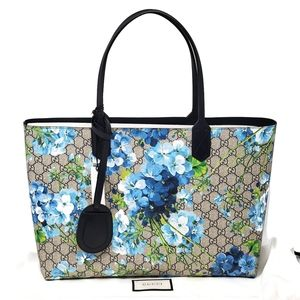 💯 Auth Gucci Blossom Reversible Blue Large Tote
